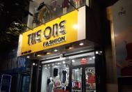 Cửa hàng mặt phố Nhà Chung cho thuê 25m2, MT 4m giá 37tr/th. Đoạn phố siêu hot