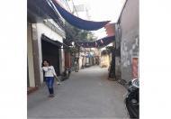 Nhà đẹp, ở ngay, gần phố Kim Giang, ngõ ô tô, kinh doanh tốt, giá 2.6 tỷ.
