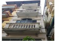 Bán nhà Khương Trung, quận Thanh Xuân, diện tích 33 m2 x 4 tầng, mặt tiền 4m, giá 2.3 tỷ.