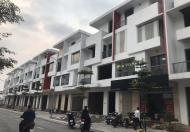 Cần tiền bán gấp căn liền đối diện chợ trung tâm tp Việt Trì thuận tiện kinh doanh buôn bán