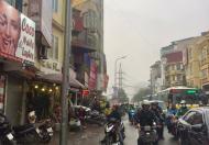Bán đất phố Thanh Lân, lô góc, cách phố 50m , cạch chợ , sổ đỏ vuông vức, 35m2 chỉ nhỉnh 1 tỷ.
