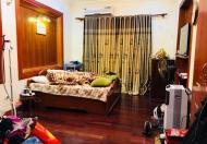 SỐC: Nhỉnh 2 tỷ có nhà 31m Hào Nam, cách ô tô tránh 15m, tặng toàn bộ nội thất. LH: 0966752013.