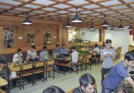 Chuyển nhượng nhà hàng đông khách mặt phố Hoàng Cầu vị trí đẹp.