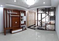 Nhà Phú Nhuận Xe Hơi Vô Tận Cửa 50m2, 5 Lầu Huỳnh Văn Bánh.