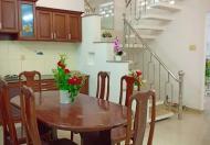 Bán nhà 1 sẹc đường Thành Thái, Phường 14, Quận 10, 20 m2, 2 tầng. 2,8 tỷ.