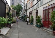 Bán nhà đang cho thuê Căn hộ Dich vụ 65m2, 5 lầu, 23 Phòng. Nguyễn Trãi, Q1.