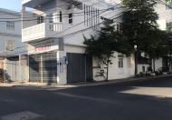 Cần bán nhà 2 tầng góc 2 MT đường Phạm Ngọc Thạch gần biển.