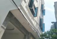 Cần gấp bán nhà ở Long Biên, Mặt tiền ô tô