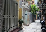 Bán nhà trong ngõ 102 Nguyễn Đình Hoàn – Cầu Giấy 4,4 tỷ 0986844335.