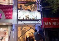 Sang nhượng cửa hàng LaSix mặt phố Bà Triệu, Hai Bà Trưng, Hà Nội