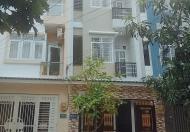 Bán nhà trệt+2lầu+st mới xây đối diện ủy ban tt Nhà Bè giá rẻ