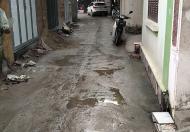 Cách mặt phố Ngọc Hồi 100m diện tích 50m2*2 tầng giá 2.5 tỷ.