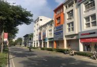 Bán gấp nhà nguyên căn mặt tiền đường Nguyễn văn Linh, Phú Mỹ Hưng