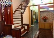 Cho thuê nhà mặt phố Mai Dịch 90m x 5T 20tr/th, đường rộng 7m Gia