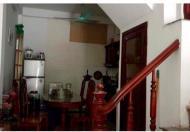 Cần bán gấp nhà mặt ngõ Đường Láng, Đống Đa, Hà Nội. Diện tích 40m2, 5 tầng mặt tiền 4,1m. Giá 5,5tỷ. LH 0936497138