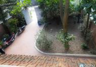 Cho thuê nhà 3PN, có sân vườn rộng, thoáng đẹp tại ÂU CƠ- Tây Hồ. giá 25tr/th (LH: 0904481319)