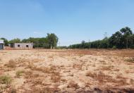 Kẹt tiền cần bán lo đất tại vị trí Ông Lang .Gía 500tr/lô . diện tích 100m2 - 120m2 . LH: 0971212949