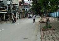 Bán nhà mặt phố Hoàng Đạo Thành có vỉa, hè gần trường, gần chợ, gần đường… LH: 0967863126