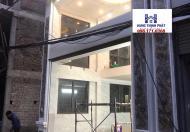 Bán nhà siêu hót nằm trên đường Cổ Linh đối diện aeon 6 tầng với 1 gara  mà giá thìcực rẻ