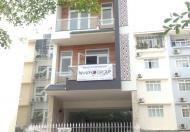 Cần bán nhà hẻm chỉ sau căn mặt tiền đường Nguyễn Tri Phương Q.10