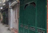 Bán nhà trong ngách xe bagac tránh, Phố Tân Mai. Nhà 30m2 mặt tiền 3.5m 5tầng, giá 2.4 tỷ