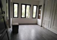 Bán nhà ngõ 173/28 Hoàng Hoa Thám, Ba Đình, 45m2 x 5 tầng mới, ô tô 4 chỗ đỗ cửa