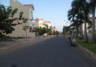 Bán đất nhà phố lô O khu Him Lam Kênh Tẻ, dt 5x20m, giá 128tr/m2. LH 0932623406 Ms.Hà