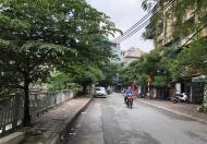Cần bán căn hộ tập thể - nhà B15 đầu phố Đông Tác, đối diện Vincom Phạm Ngọc Thạch- 2PN-1.35 tỷ