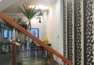 Nhà đẹp 4 tầng ở ngay đường Lê Hồng Phong, Quận 10, giá 5.5 tỷ.