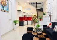 Bán gấp nhà mới xây 4 Tầng ngay ngã tư Phạm Văn Hai,Tân Bình,giá 7,3 tỷ