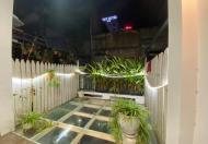 Trung tâm quận Ba Đình, ngõ thông, 2 mặt thoáng, ở luôn 60m2 giá 7.65 tỷ: LH 0989787838