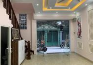 Bán nhà ngõ 252 Tây Sơn, lô góc, 3 thoáng, mặt tiền 6 m, diện tích 38m2, giá 3.8 tỷ.