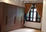 Bán biệt thự ngõ 189 Hoàng Hoa Thám, Ba Đình, ô tô, 190m2 x 3 tầng, giá chỉ 95tr/m2