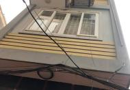 Bán nhà mua về ở ngay Chính Kinh, Thanh Xuân, DT 42m2x5tầng, giá 3.8tỷ. LH 0832205233.