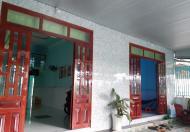 Bán 2 căn nhà cấp 4  xã Thạnh phú dt 211m2 giá 1,8 tỷ