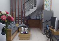 Mặt ngõ thông, Kinh doanh tóc, Chùa Quỳnh, Hai Bà Trưng, 26m2 x 5T, giá 2,39 tỷ
