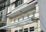 Nhà 1 trệt 2 lầu 4 pn, sân thượng trước sau, 2 tolet, nội thất cao cấp.