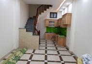 Cho thuê nhà riêng Nguyễn Văn Cừ 5 tầng đẹp nhà mới 11tr/tháng. Lh 0965494540