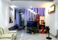 Bán nhà HXH khu đường Hoa Phan Xích Long, 4 tầng, giá chỉ 9.5 tỷ.