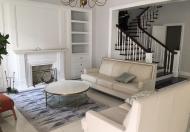 Cho thuê biệt thự thuê biệt thự đơn lập ven sông, 4PN,280m, full đồ cực đẹp, Vinhomes Riverside