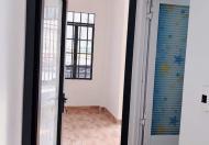 Ông chú nhờ đăng bán căn nhà mặt tiền 30 m2, phường 7 Phú Nhuận 2 lầu, ngang 5 mét.