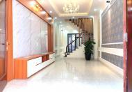 Bán nhà phố Nguyên Hồng 45m2 4 PN - 50m ra phố- Ngõ rộng- Full nội thất giá 3.x tỷ