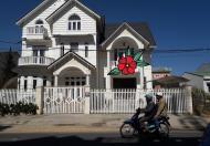 Nhà mặt tiền- xem là ghiền-Bán biệt thự sổ hồng riêng, mặt tiền đường Mê Linh, P.9, thành phố Đà Lạt