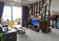 Cần bán Penthouse cao cấp full nội thất tầng 17 view sông Sài Gòn, Hướng Đông và Nam mát mẻ.