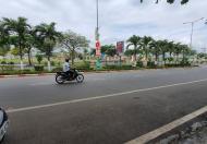 Bán căn nhà mặt tiền đại lộ Hùng Vương, Tp Tuy Hoà, gần Vincom, view công viên Rồng ngậm ngọc