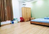 Bán gấp nhà Trần Quang Diệu Phú Nhuận, 50 m2 nở hậu, 5.5 tỷ. LH 0909661477 gặp chủ nhà.
