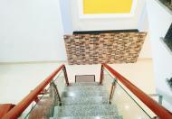 Nhà Nguyễn Hữu Cầu Quận 1 ,hẻm 5met, 55m2, 3 tầng, ban công hướng nắng chống Covid19, LH 0944260400