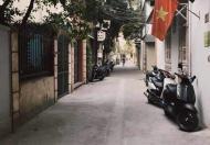 Bán gấp nhà Nguyễn Văn Cừ 76m2 MT5m giá 4.6tỷ ô tô đỗ cửa