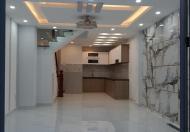 Gia đình chuyển về Vũng Tàu, bán lại ngôi nhà 4 tầng 50M2, Hẻm xe Hơi, giá 6,3 tỷ.