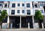 Chính chủ cần bán căn nhà 3 tầng tại Bãi Cháy